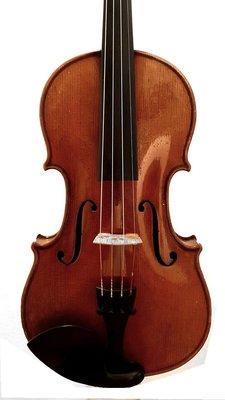'' Antonius Stradivarius'' label / rented